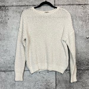 Aritzia // TNA // White Knit Sweater